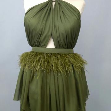 Rochie din voal cu aplicatii din pene